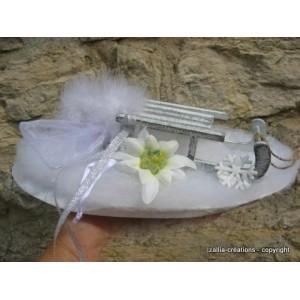 Porte alliances Edelweiss pour mariage d'hiver