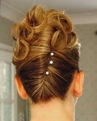chignon, coiffure mariage orné de pics à chignon