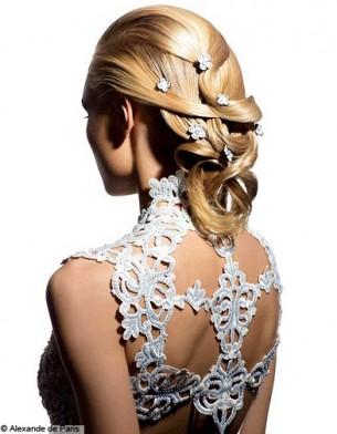coiffure de mariage apprêtée
